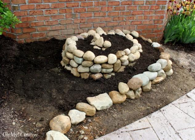 spiral garden diy (9)