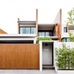 บ้านสองชั้น โมเดิร์นดีไซน์เฉียบ ตกแต่งจากไม้และเหล็ก สะท้อนรสนิยมสมัยใหม่