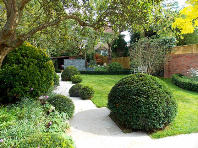 15-Wonderful-Transitional-Landscape-Designs-For-A-Heavenly-Garden-14-630x473