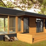 บ้านขนาดกะทัดรัด ตกแต่งสไตล์โมเดิร์น วัสดุจากไม้และกระจก