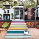 บ้านขนาดเล็ก ตกแต่งสไตล์โบฮีเมียน สวยงามด้วยสีสันและวัสดุ