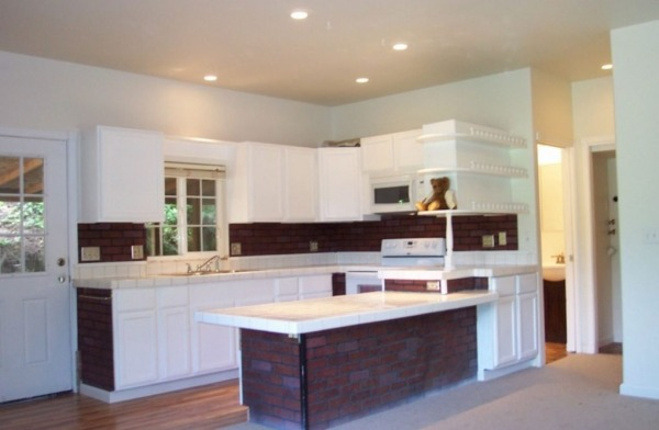 711-sq-ft-small-home-for-sale-olympia-007-600x392