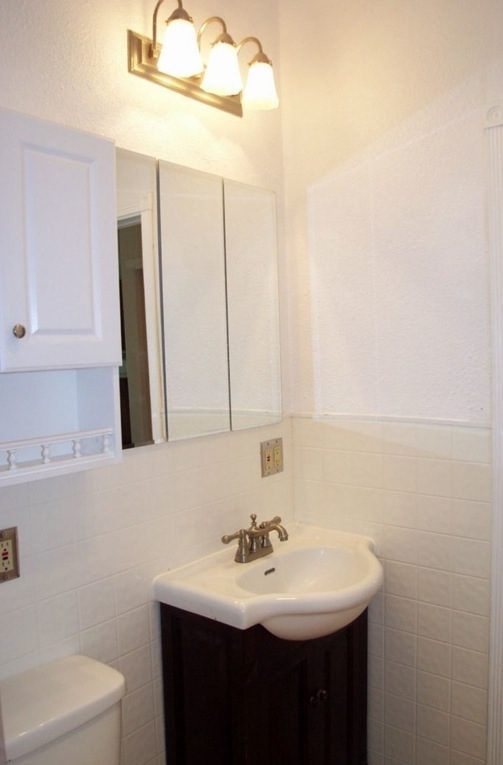 711-sq-ft-small-home-for-sale-olympia-009