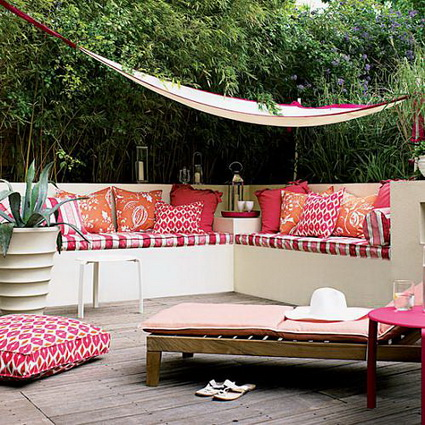 8 ideas to decorate small yard (4)