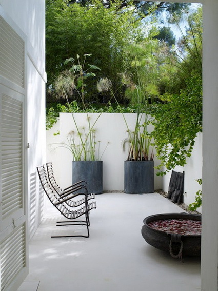 8 ideas to decorate small yard (7)