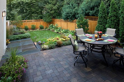 8 ideas to decorate small yard (8)
