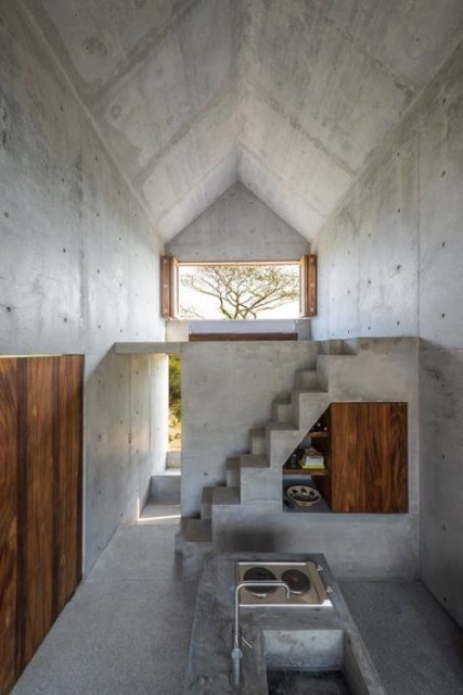 Beautiful-Tiny-Concrete-House-with-a-Minimalist-Architecture-6