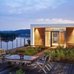 บ้านตากอากาศสไตล์เรียบง่าย วัสดุจากคอนกรีตและไม้ ท่ามกลางธรรมชาติริมแม่น้ำ
