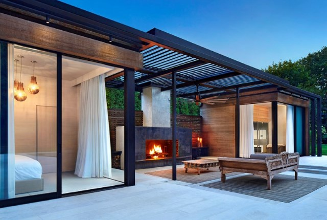 Lavish-pool-and-spa-retreat-with-a-stunning-wood-and-steel-structure-12