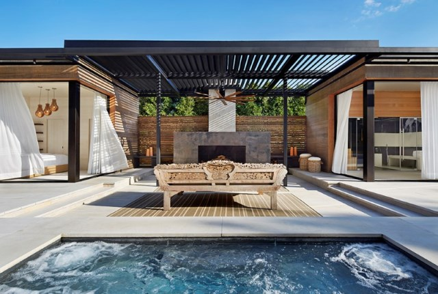 Lavish-pool-and-spa-retreat-with-a-stunning-wood-and-steel-structure-9