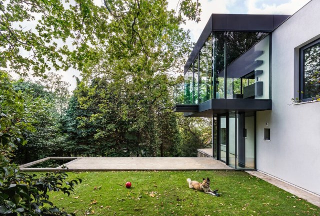 London-House-extended-and-modernized-by-Rado-Iliev-11