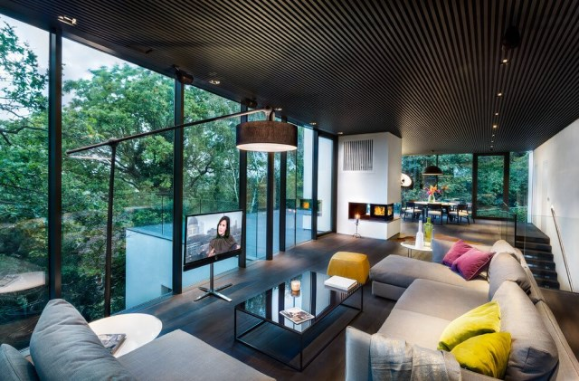 London-House-extended-and-modernized-by-Rado-Iliev-4