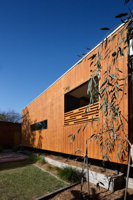 Nunawading-House-by-Maxa-Design-9