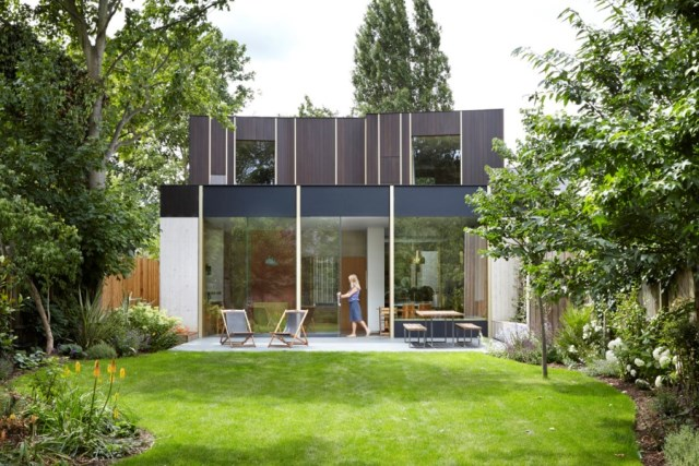 Pear-Tree-House-in-South-London-by-Edgley-Design-2
