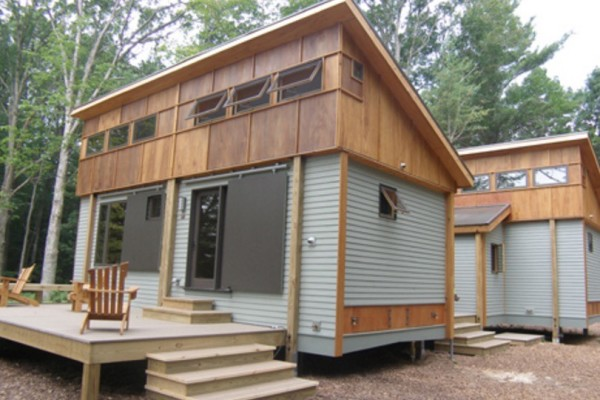 Prefab-Tiny-Cottage-in-a-Day-001-600x400