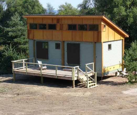 Prefab-Tiny-Cottage-in-a-Day-006