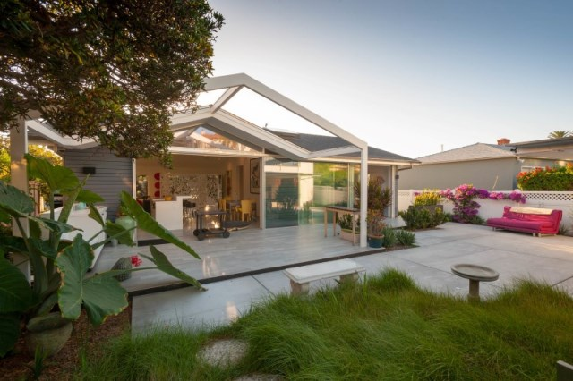 San-Diego-California-Reinterpreting-a-Midcentury-Fishermans-Cottage-in-Bird-Rock-20