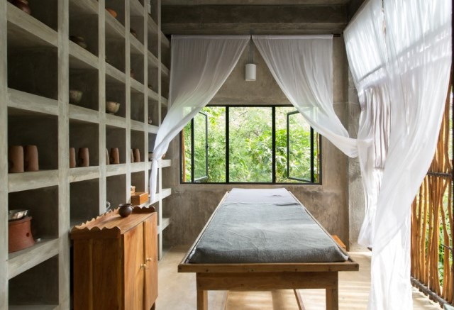 This-Sri-Lankan-Beach-Villa-is-Serene-Relaxed-and-Intimate-5