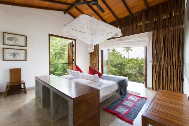 This-Sri-Lankan-Beach-Villa-is-Serene-Relaxed-and-Intimate-6