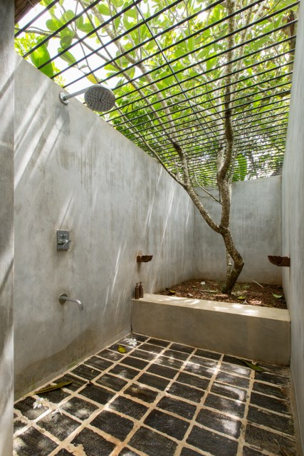 This-Sri-Lankan-Beach-Villa-is-Serene-Relaxed-and-Intimate-7