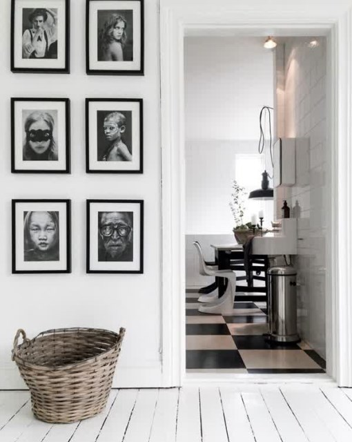 black-and-white-display-family-photo-walls