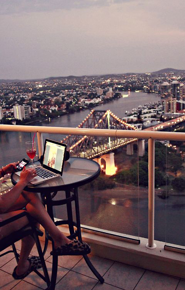 cool-balcony-workspace-with-urban-view