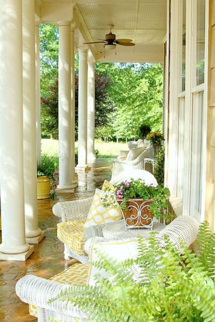 cozy-porch-decor-with-yellow-colors