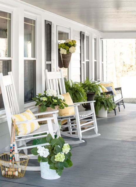 farmhouse-yellow-porch-ideas