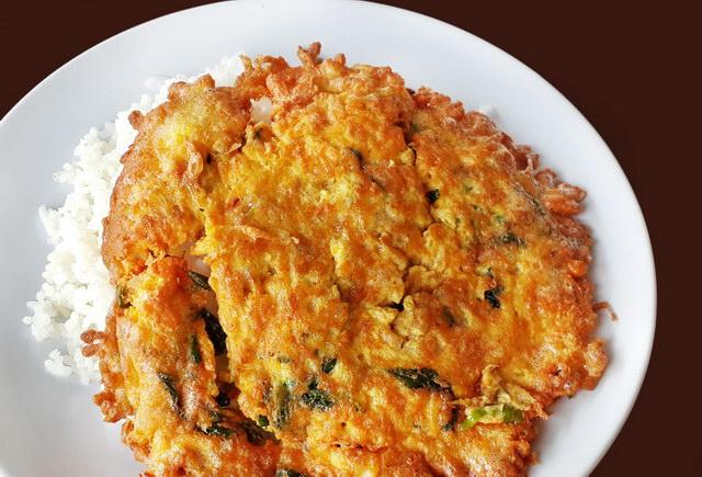 fried basil omelette recipe (9)