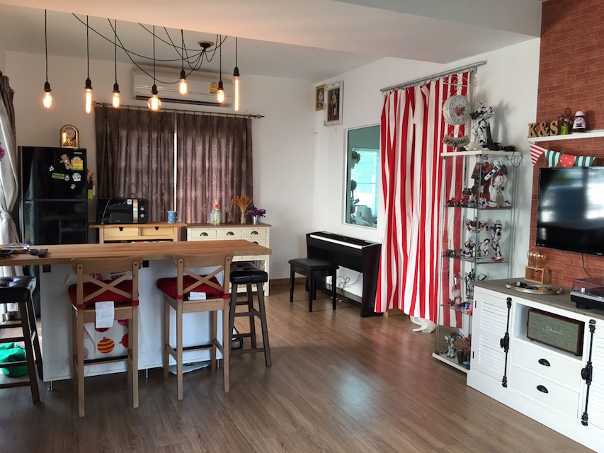 functional small house review (1)
