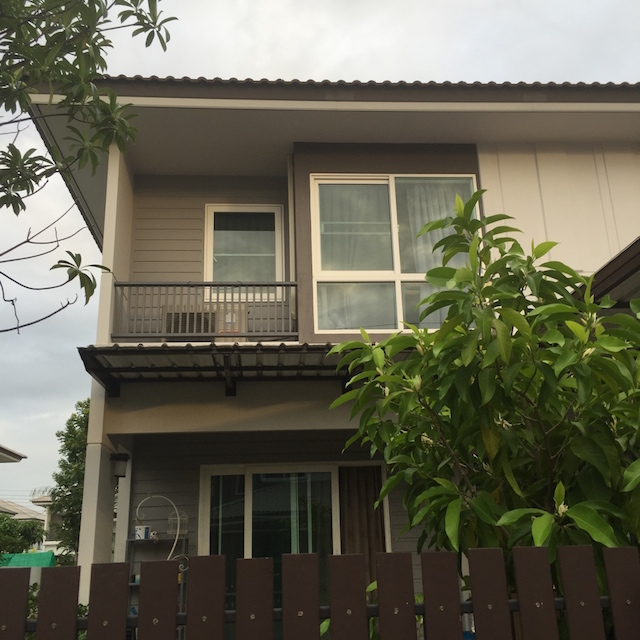 functional small house review (47)