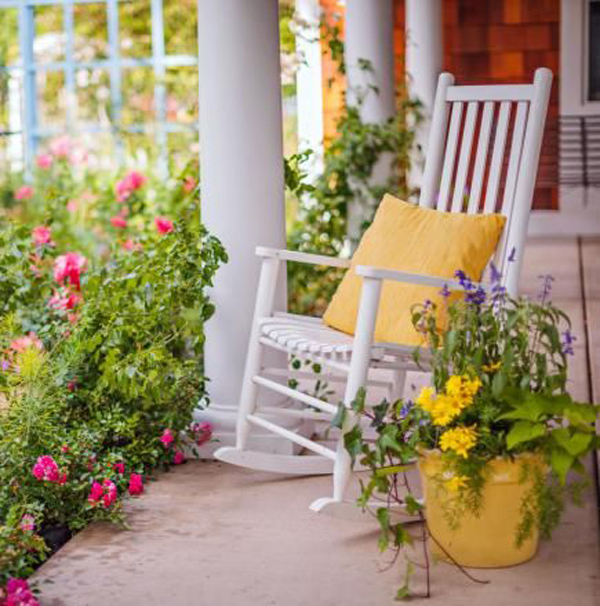 small-yellow-front-porch