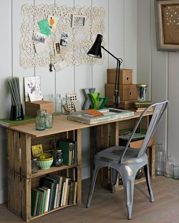 wooden-crate-for-workspace-design
