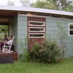 บ้านโมเดิร์นขนาดเล็ก ออกแบบเรียบง่ายแบบบ้านตากอากาศ ในงบประมาณที่ประหยัด