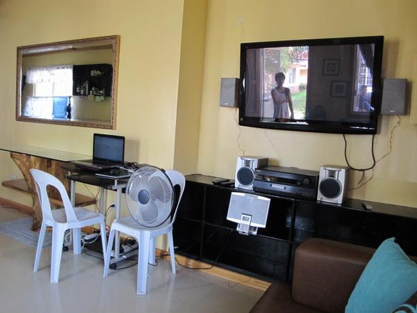 1-storey-filipino-resort-style-house (5)