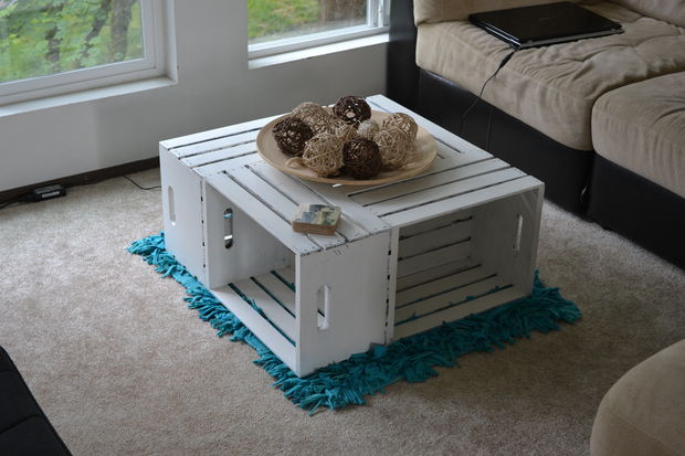 10 coolest-diy-coffee-table-designs (9)