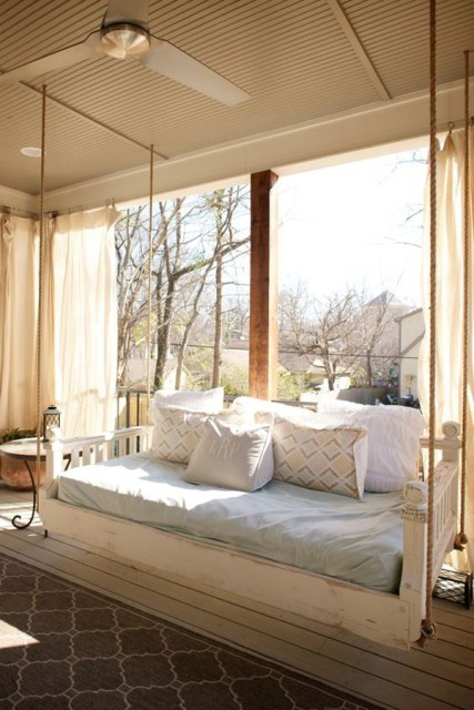 10-ideas-relaxing-sleeping-porch (1)