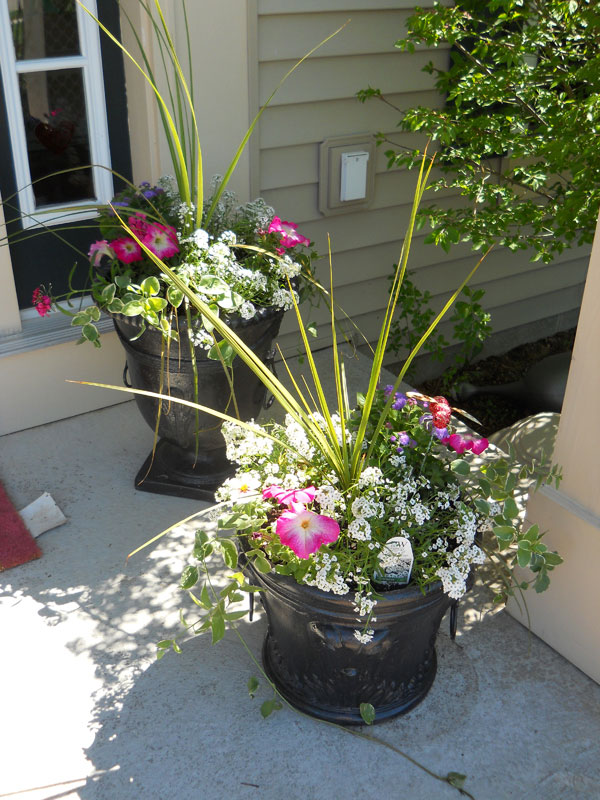 15 Front Door Flower Decorations (13)