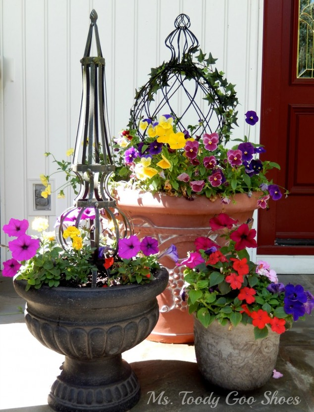 15 Front Door Flower Decorations (2)