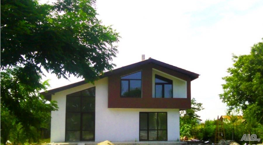 2-storey-sunny-bright-resort-house (3)