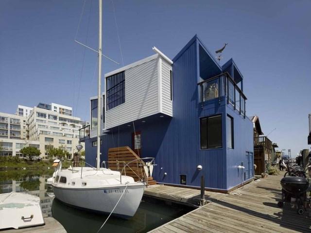 2_san_francisco_floating_home_metal_facade_0