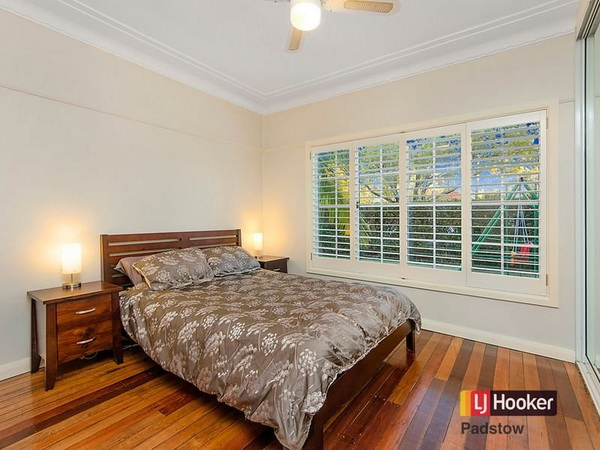 3 bedroom hip roof terrace house (4)
