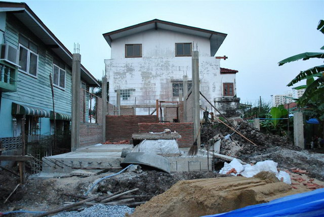 40 sqm concrete house review (17)