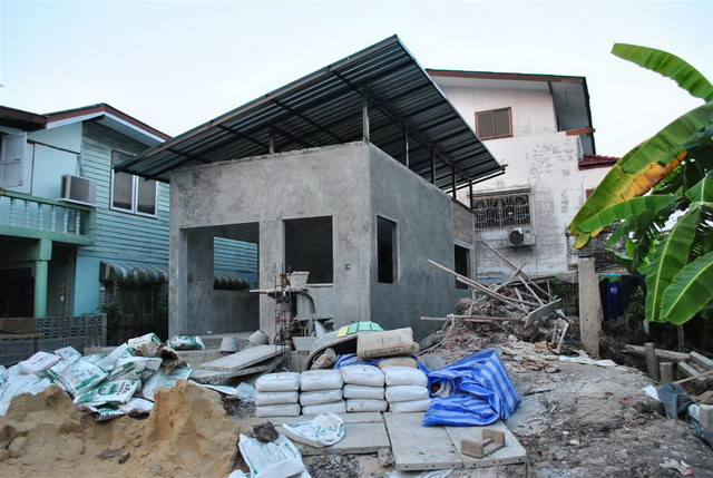 40 sqm concrete house review (38)