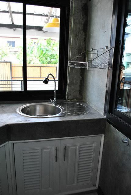 40 sqm concrete house review (82)
