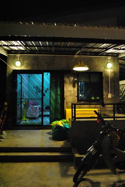 40 sqm concrete house review (89)