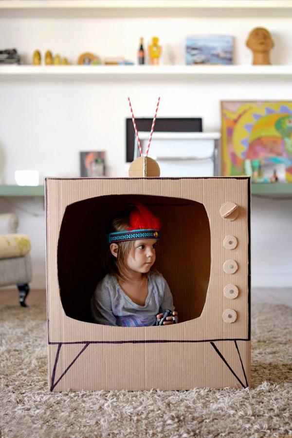 5-diy-cardboard-toys-for-kids (1)