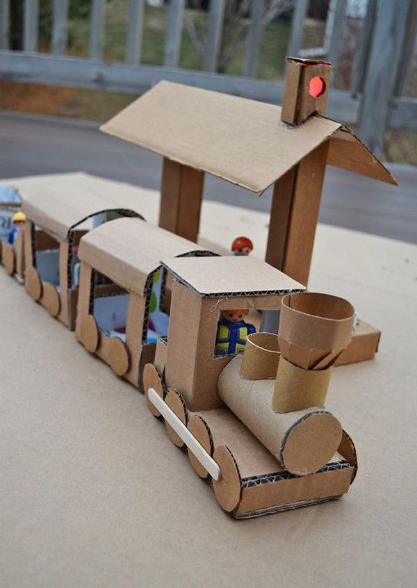 5-diy-cardboard-toys-for-kids (19)