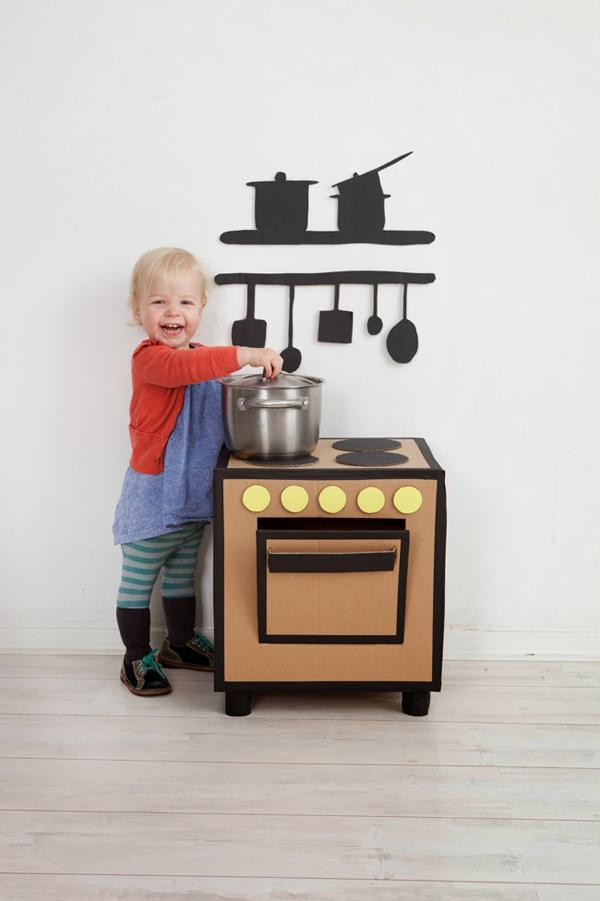 5-diy-cardboard-toys-for-kids (25)