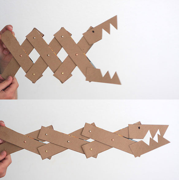 5-diy-cardboard-toys-for-kids (3)